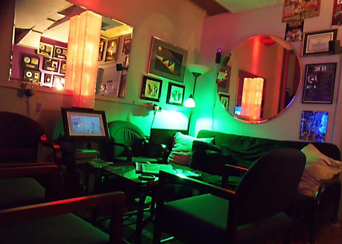 JAMBOX Lounge 750x500